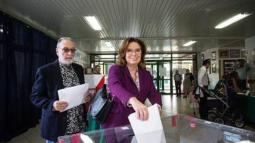 Małgorzata Kidawa-Błońska oddaje głos w wyborach parlamentarnych