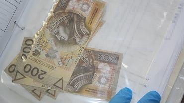 Fałszywe banknoty, którymi płacili oszuści