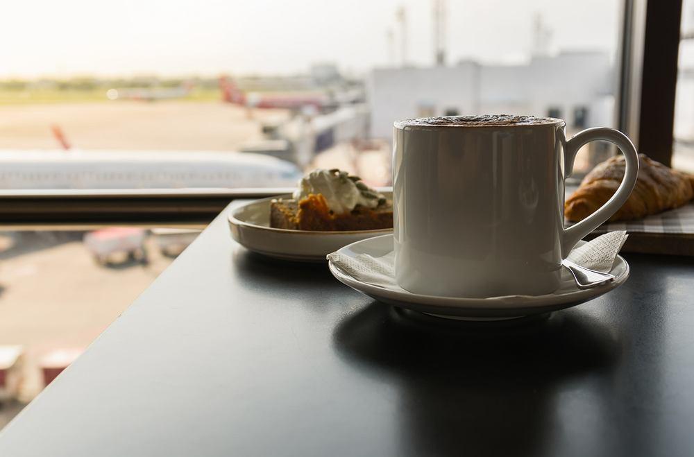 Śniadanie na lotnisku