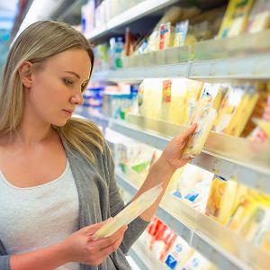 Badanie opublikowane w British Medical Journal w 2017 r. pokazuje, że ponad 40% respondentów twierdzi, że etykieta jest pomocna w wyborze odpowiednich produktów podczas zakupów.
