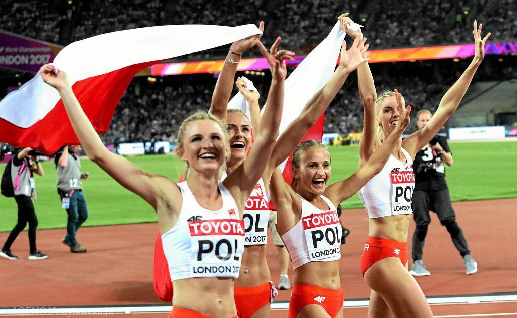 Brązowa polska sztafeta 4x400 m na mistrzostwach świata w Londynie. Pierwsza z lewej Beata Hołub