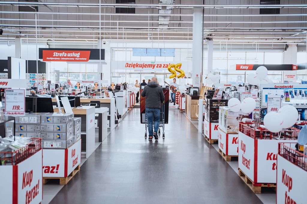 Black Friday. Jakie promocje przygotowały sklepy z elektroniką?