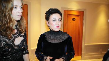 Olga Tokarczuk na moment przed uroczystym wręczeniem literackiej nagrody Nobla w Sztokholmie