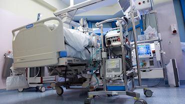 Pacjent podłączony do ECMO (zdjęcie ilustracyjne)
