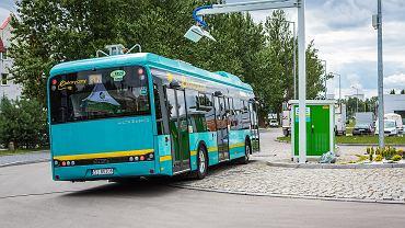 Stacja podładowywania elektrycznych autobusów w Jaworznie