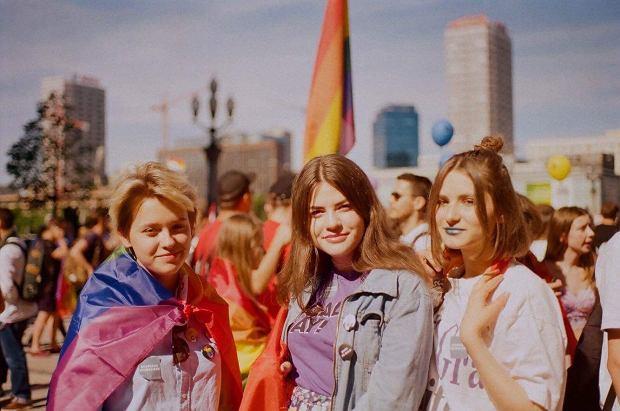 Basia, Nina i Weronika na Paradzie Równości