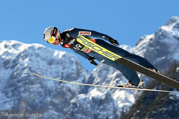 Poznaliśmy kalendarz Pucharu Świata w skokach narciarskich na sezon 2020/21. MŚ odbędą się najwcześniej w historii