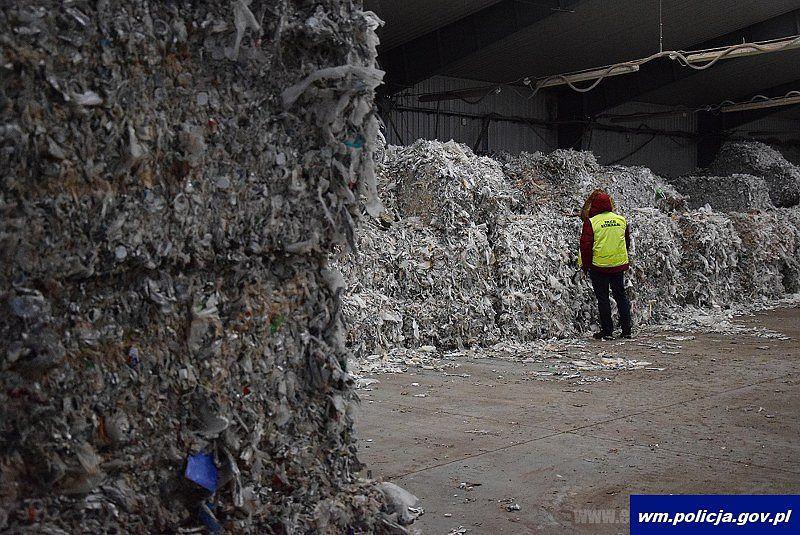Oględziny zabezpieczonych odpadów