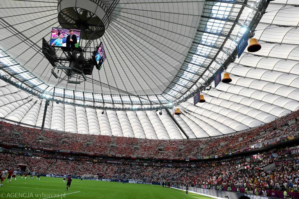 Zamknięty dach na Stadionie Narodowym