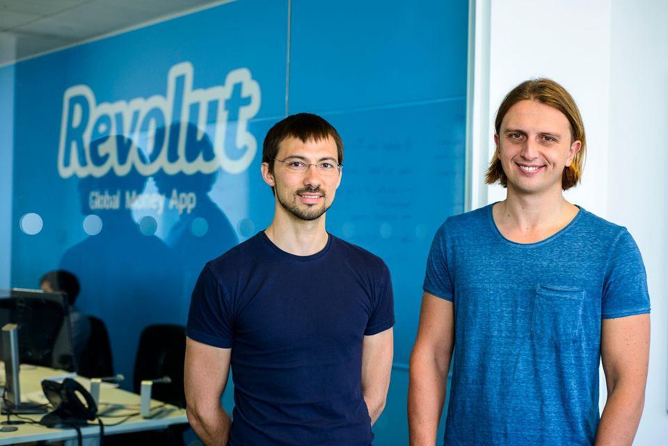 Założyciele Revoluta - Wład Jacenko i Nikołaj Storoński  - mają w swoim CV przeszłość bankową