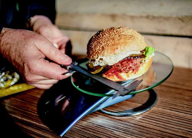 Wielki test burgerów z sieciówek