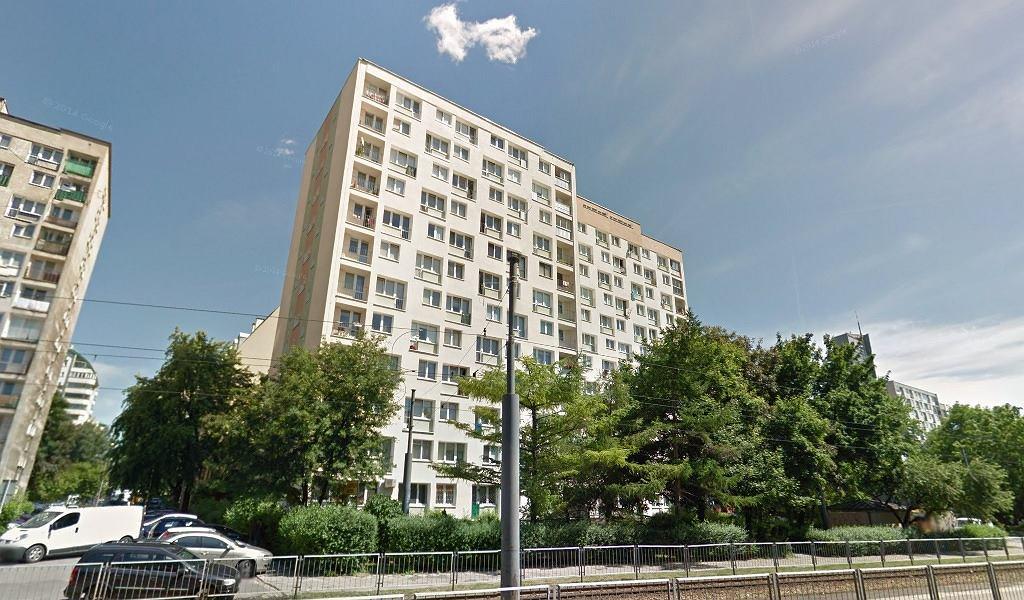 Blok przy Okopowej 18 w Warszawie
