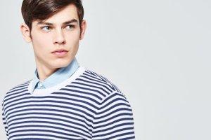 Moda męska: jeśli to wiosna, czas na styl marynarski