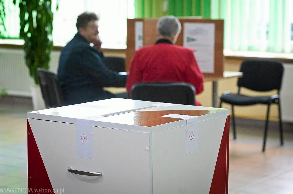 Wybory samorządowe. Jaka kara grozi tym, którzy złamią ciszę wyborczą?