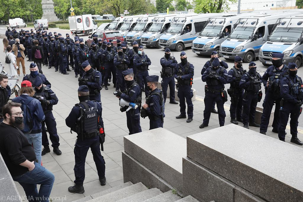 23.05.2020 Warszawa, Plac Defilad. Protest przedsiębiorców