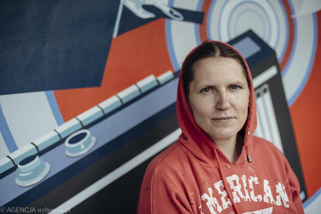 Dorota, współautorka muralu 'Kobiety Wolności'