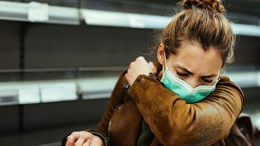 Kaszel nie musi być objawem chorobowym, ale bywa cenną wskazówką przy diagnozie.