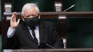 Jarosław Kaczyński ma 104 tys. złotych oszczędności