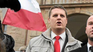 Filip Rdesiński na kontrmanifestacji ONR przed Marszem Równości.