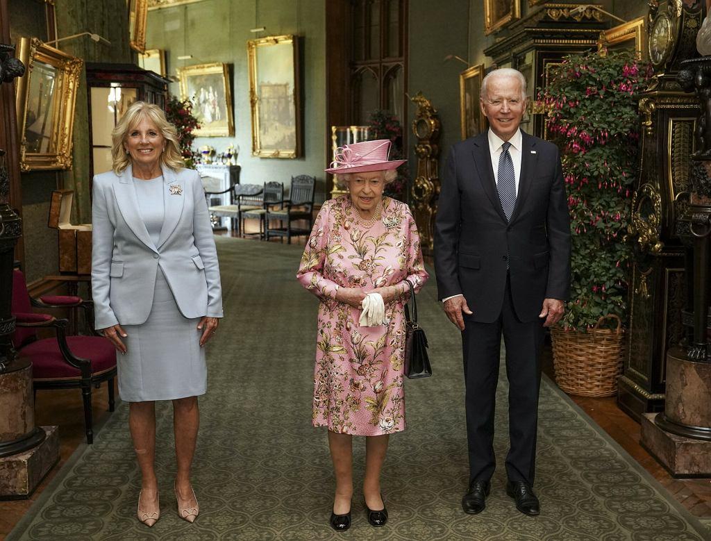 Jill Biden, królowa Elżbieta II, Joe Biden