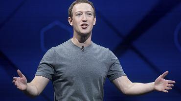 2682a6c818b9b9 Afera Cambridge Analytica. Facebook wybrał Amerykanom prezydenta ...