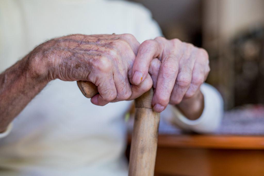 500+ dla emerytów i niepełnosprawnych - kto otrzyma to świadczenie?