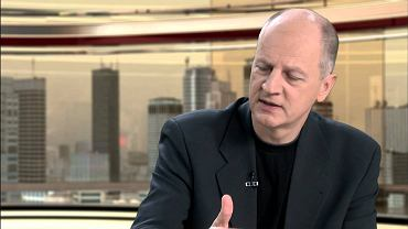 Artur Dmochowski na nagraniu programu TV Republika