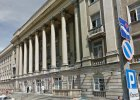 Szpitale w Warszawie. Pacjenci z własnym grzejnikiem