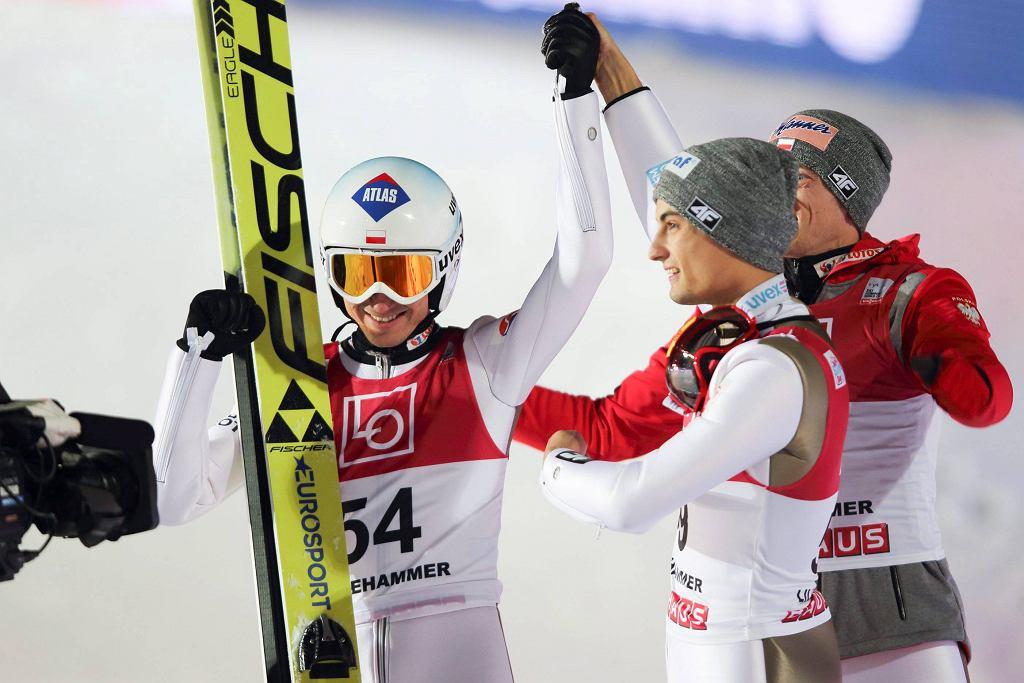 Kamil Stoch, Maiciej Kot i Dawid Kubacki cieszą się po konkursie w Lillehammer