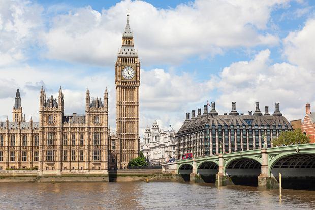 Brexit. Wielka Brytania wydłuża termin wjazdu na dowód osobisty