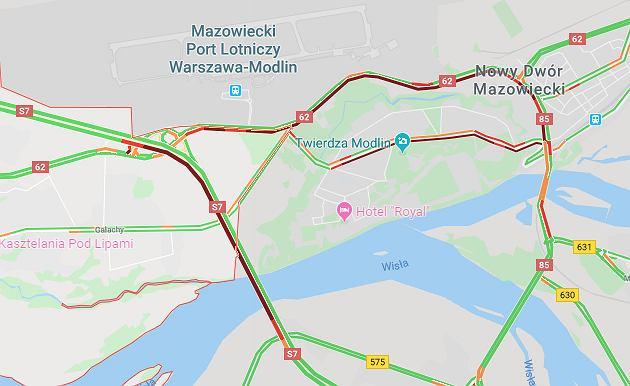 Karambol na S7 w Zakroczymiu (ilustracja)