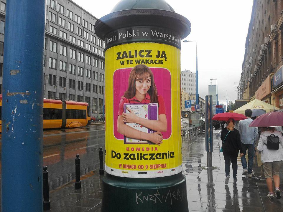Miejska Spółka Wywiesiła Plakaty Zalicz Ją W Te Wakacje