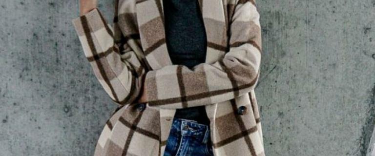 Jesienne płaszcze w świetnych cenach. Modele w kratę są piękne i stylowe!