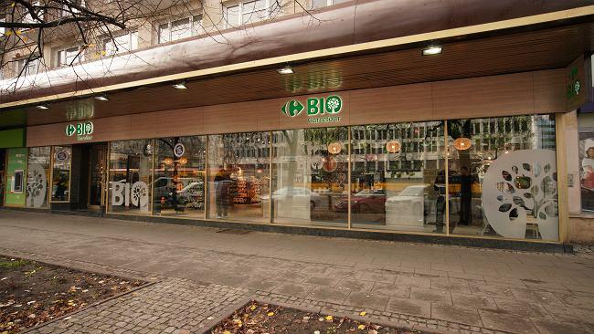Carrefour stawia na żywność ekologiczną. Sieć otworzyła pierwszy biosklep w Warszawie
