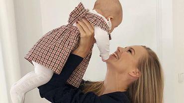 Agnieszka Kaczorowska pokazuje zdjęcie pokoiku córeczki