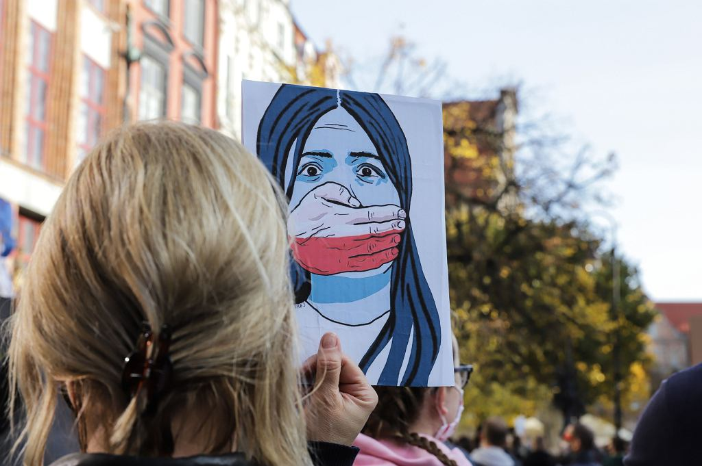 Protesty po decyzji Trybunału Konstytucyjnego w sprawie zaostrzenia prawa aborcyjnego w Polsce,