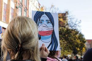 Aborcja farmakologiczna - co Polka o niej wiedzieć powinna