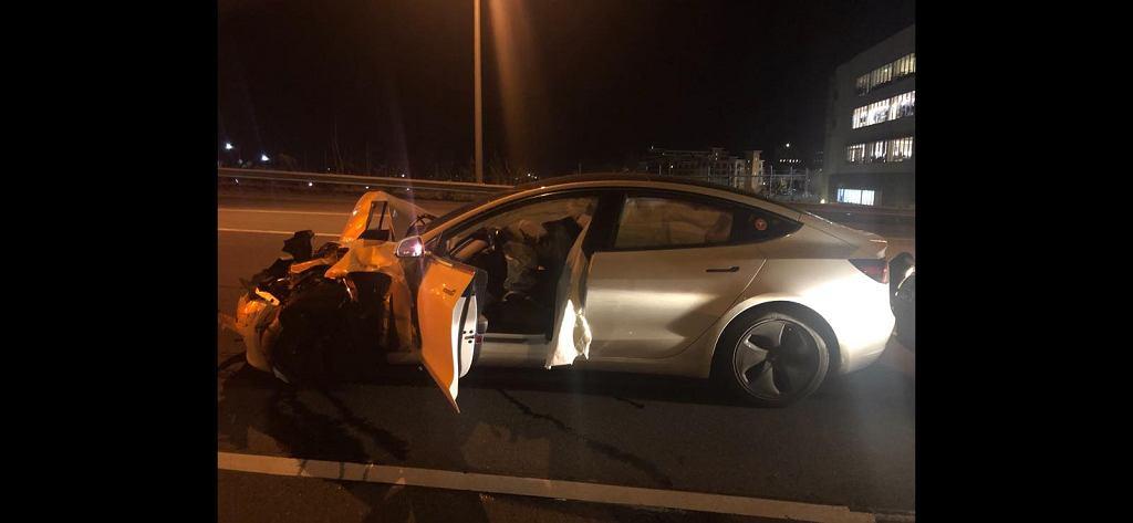 Tesla po wypadku
