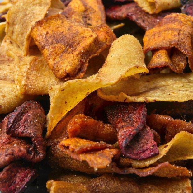 Chipsy z buraków, pietruszki i ziemniaka
