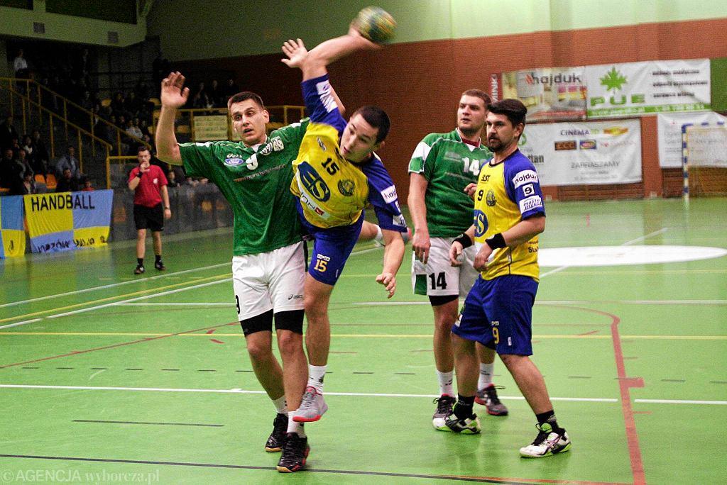 Druga liga piłkarzy ręcznych: Kancelaria Andrysiak Stal Gorzów - AZS UKW Bydgoszcz 44:22 (24:9)