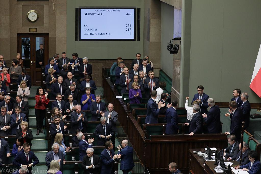 Sejm przyjął budżet na rok 2020