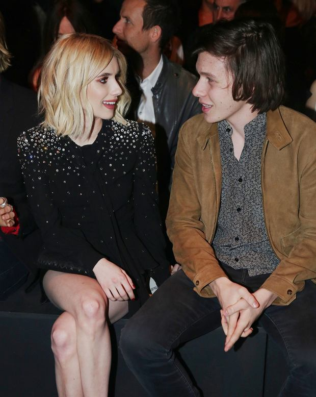 Emma Roberts i Evan Peters