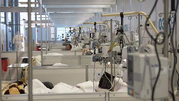 Na zdjęciu - szpital tymczasowy w Poznaniu