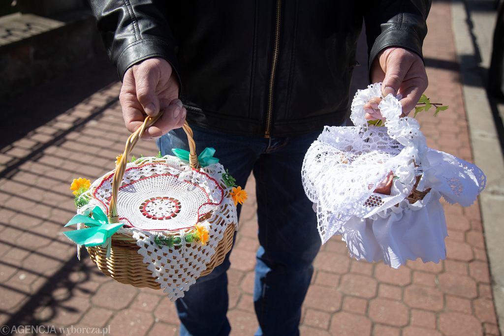 Wielkanoc. 'Kościół wylęgarnią nowych zakażeń'