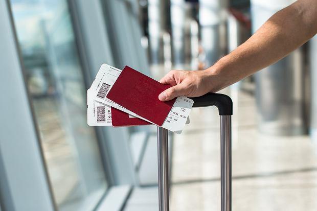 Źle podane nazwisko na bilecie lotniczym kosztuje nawet 700 zł