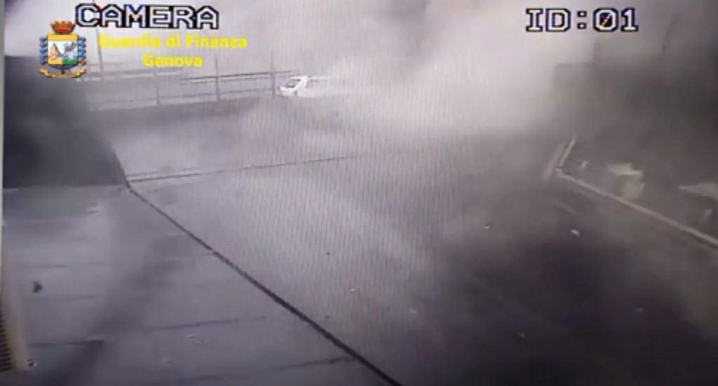 Katastrofa mostu w Genui. Służby pokazują nagranie