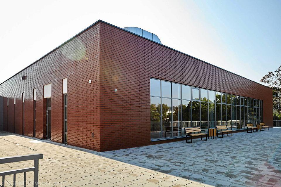 Zdjęcie numer 9 w galerii - VI LO w Gdyni ma wreszcie porządną salę gimnastyczną [ZDJĘCIA]