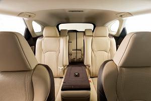 Lexus RX L - wyjątkowy SUV dla siedmiu osób