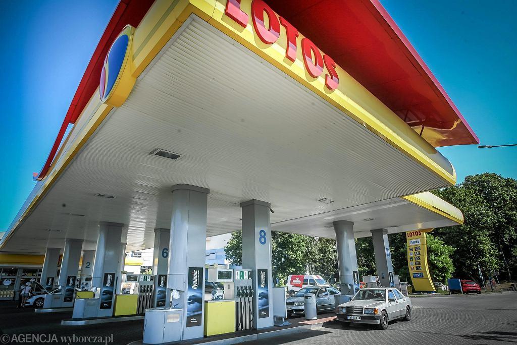 Stacja benzynowa koncernu Lotos w Gdyni