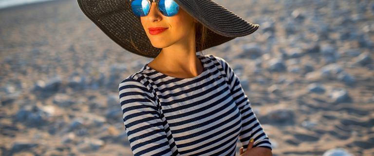 Ubrania w paski na lato. Najpiękniejsze sukienki, spódnice i bluzki